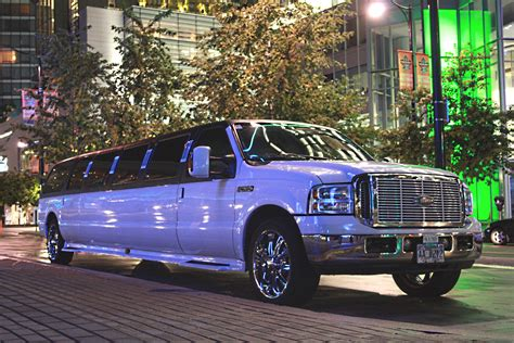 Limo Car by Minneapolis Limo Service Airport Car Service Suvs