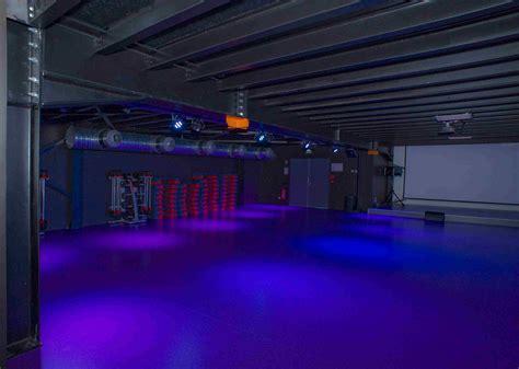 cr 233 ation d une mezzanine erp de 550 m2 dans salle de sport cometac