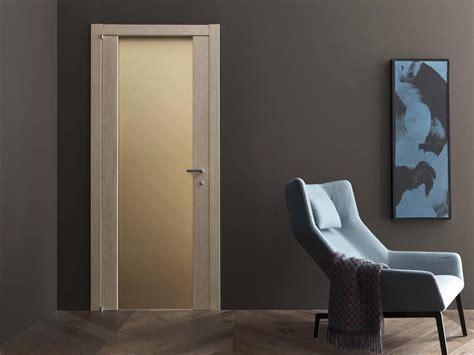 Prezzi Porte Door 2000 by Porta A Battente In Legno E Vetro Pegaso By Door 2000