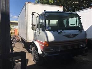 1988 Hino Fd Box Truck