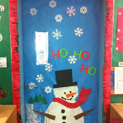 the 25 best ideas about christmas classroom door on