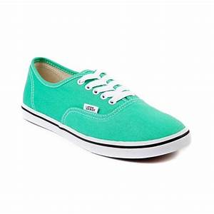 Shops Woman shoes and Men s shoes on Pinterest