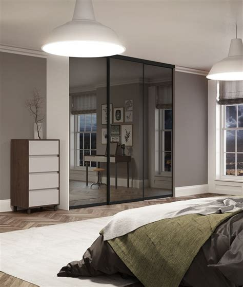 sliding wardrobe doors ideas  pinterest wardrobe doors sliding mirror wardrobe