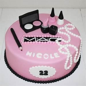 Chanel Torte Bestellen : make up taart bestellen google zoeken cakes pinterest cake birthday cakes and makeup cakes ~ Frokenaadalensverden.com Haus und Dekorationen