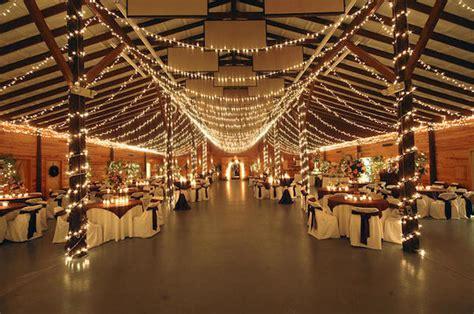 rustic farm  barn wedding venues  memphis mid