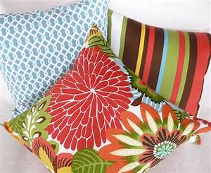 Cheap pillows for inexpensive spring makeovers for Cheap toss pillows