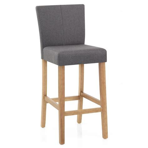 chaise de bar en bois chaise de bar bois et tissu cornell monde du tabouret