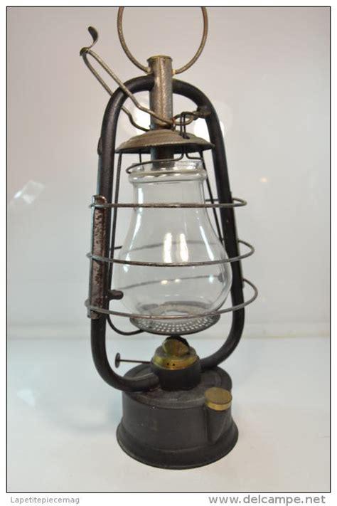 petrole pour le tempete ancienne lanterne le temp 234 te p 233 trole id 233 es pour la maison petrole