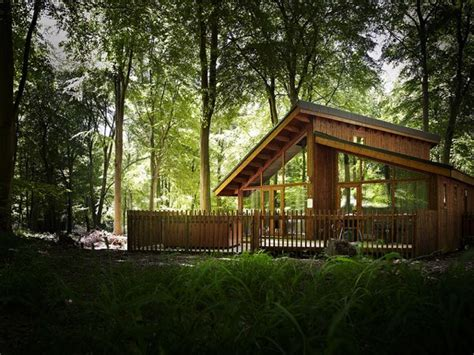 cheap lodges with tubs scotland luxury tub lodge snowdonia national park wales
