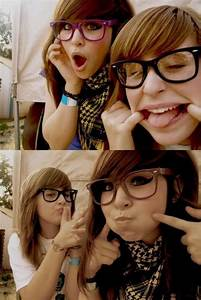 amicheee, best friends, bff, girl, glasses - image #162116 ...