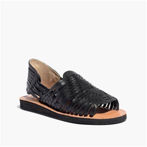 delta savile kitchen faucet huarache sandals 28 images crocs s huarache mini