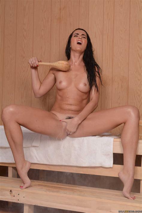 Bianca Breeze Gets Creamed Up In The Sauna Photos Keiran