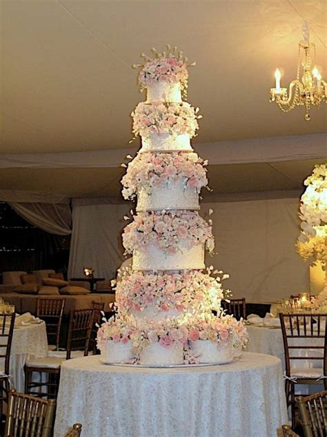 huge beautiful wedding cakes