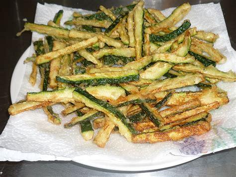 cucinare mais due teste e quattro fornelli zucchine a bastoncino fritte
