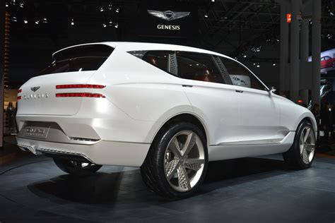 Genesis Gv80 Fuel Cell Suv Concept Hints At Bmw X5 Rival