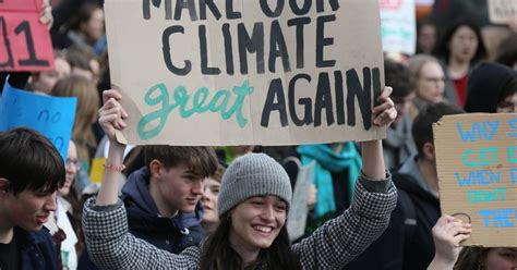 Use tab to navigate through the menu items. Fridays for Future - Tausende trotz Verbots bei ...