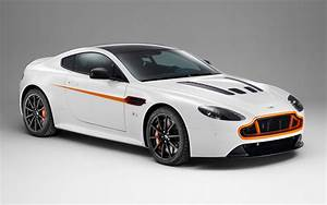 Aston Martin V12 Vanquish : aston martin shows off bespoke v12 vantage s vanquish volante customized by q at geneva ~ Medecine-chirurgie-esthetiques.com Avis de Voitures