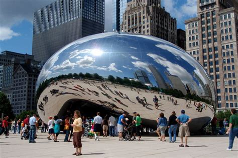 chicago bureau of tourism chicago hits tourism record with 54 1m visitors in