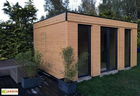prix chalet bois clé en chalet en bois habitable isol 233 90 mm vitrage toit plat 21 m 178 d 233 cor et jardin