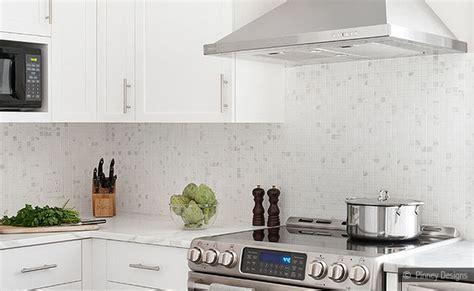 kitchen backsplashes for white cabinets white kitchen backsplash white cabinet marble mosaic