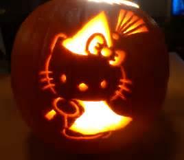 Hello Kitty Pumpkin Carving