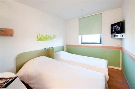 ibis chambre familiale hotel ibis budget winterthur bewertungen fotos