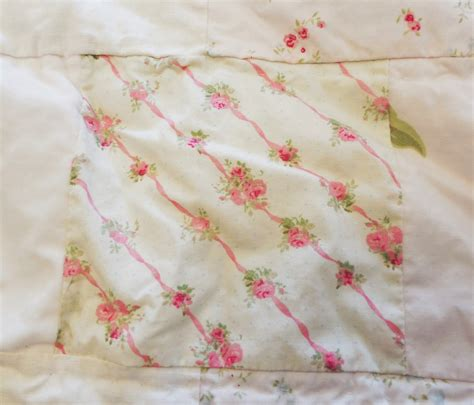 simply shabby chic quilts vtg simply shabby chic white pink rose patchwork chenille quilt full queen ebay