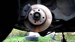Comment Purger Des Freins : tuto 3 3 changer purger le liquide de frein how to change flush your brake fluid youtube ~ Medecine-chirurgie-esthetiques.com Avis de Voitures
