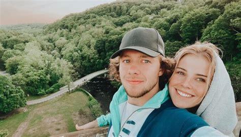 Znaroka daiļā meita Alise un hokejists Panarins ir vīrs un sieva - DELFI