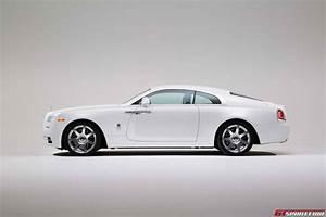 Rolls Royce Wraith : official 2016 rolls royce wraith inspired by fashion gtspirit ~ Maxctalentgroup.com Avis de Voitures