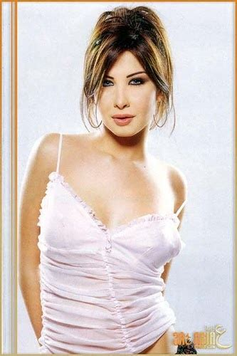Arab Sexy Celebs Nancy Ajram Gets Harassed In Cairo