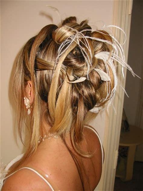 modele chignon pour mariage cheveux mi