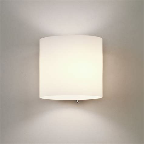 astro 0411 luga 1 light switched wall light