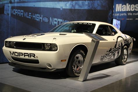 2011 Dodge Challenger Drag Pak Photo Gallery