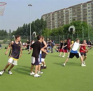 Stellenangebote Berlin Marzahn : immobilien marzahn hellersdorf bietet 20 sporthallen zum kauf an welt ~ Buech-reservation.com Haus und Dekorationen