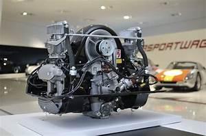 Porsche 550 Engine