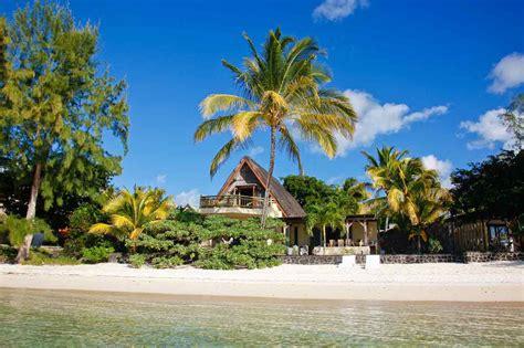 cuisine ile de la reunion location villa ile maurice pieds dans l 39 eau proche mare sur