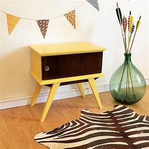 Table De Chevet Jaune : table de nuit jaune vintage relooking meubles home decor decor et kids decor ~ Melissatoandfro.com Idées de Décoration
