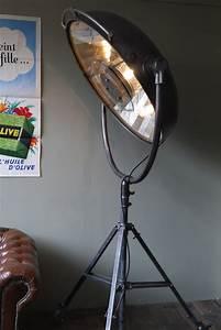 Lampe Sur Pied Industriel : tres grande lampe scialytique bbt sur pied ~ Melissatoandfro.com Idées de Décoration