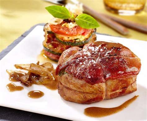 cuisiner des courgettes au four grenadin de veau et gratin à la tomate courgette au parmesan