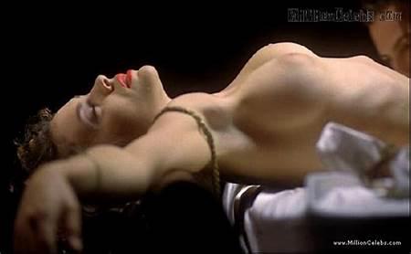 Teen Alyssa Milano Nude