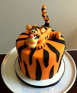 Tigger cake. Tigger and cake made with Cake Couture ...