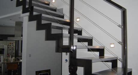 bureau verre metal grillet concept escalier métal interieur escalier bois