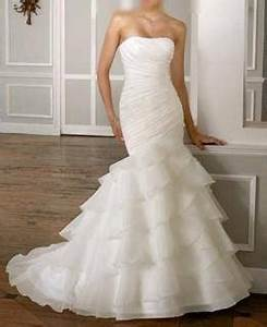 Wedding dress ruffle bottom wedding wishes pinterest for Wedding dress with ruffles on bottom