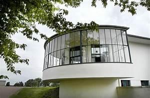 Bauhaus Architektur Merkmale : bauhaus architektur in dessau kornhaus ist eine ausflugsgastst tte an der elbe im dessau ro ~ Frokenaadalensverden.com Haus und Dekorationen
