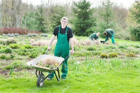 Garten Landschaftsbau Fachrichtungen gartenbauwerker in fachrichtung garten und