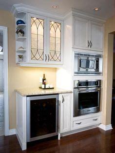 kitchen floors and cabinets travertine backsplash with bone white cabinets crema 4868
