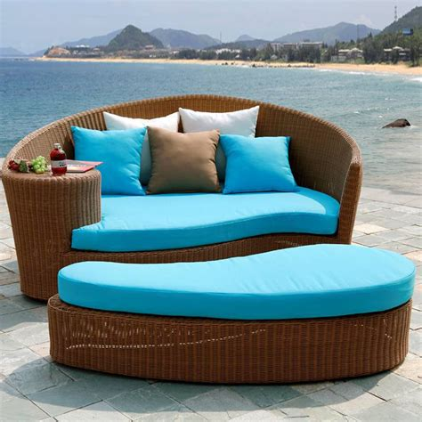 wholesale pe wicker rattan sun lounger daybed outdoor