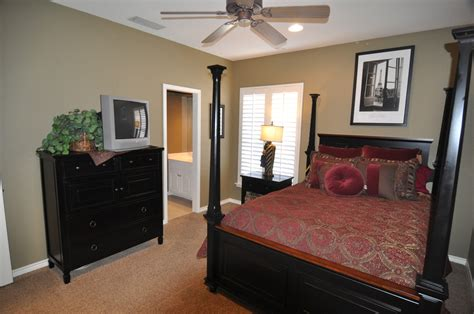 2nd And 3rd Bedrooms/ Jack And Jill Bath
