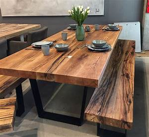 Pendelleuchte Esstisch Holz : esstisch massivholztisch aus eichenholz altholz tischgestell in trapezform holzwerk ~ Watch28wear.com Haus und Dekorationen